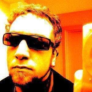 JBE039s drummer Dan starts feud with Effite pop star Moby